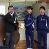 神坂中学校より、赤い羽根共同募金をいただきました