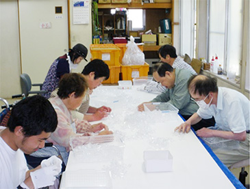 sasayuri_ukeoi003.jpg